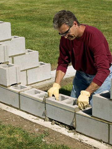 Short Of Line Don T Adjust It Or Remove It Make Up The Difference Across The Rest Of The Course Concrete Block Walls Concrete Blocks Cinder Block Walls