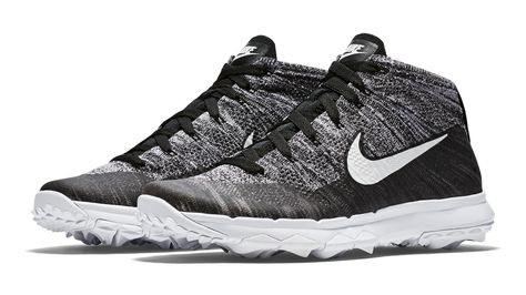Nike Flyknit Takes to The Course