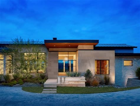 Modern Houses Expansive Yet Inviting Home Has Sweeping Texas Hill Houses Limestone House Hill Country Homes Texas Hill Country House Plans