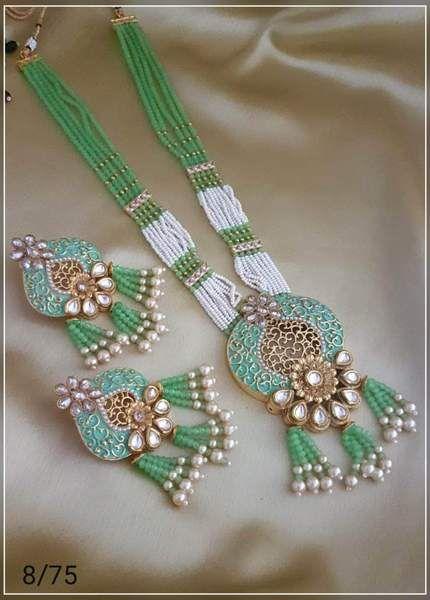 Designer Pendent Style Kundan Moti Set Fashionvibes Jewelry Design Jewelry Basic Jewelry