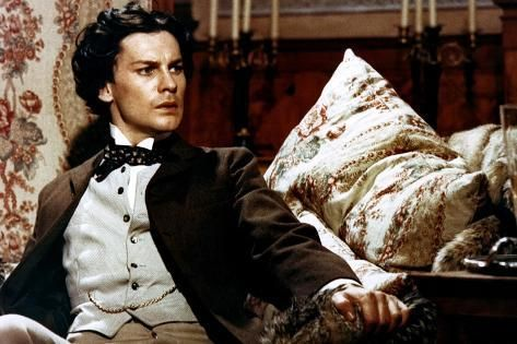 Ludwig Le Crepuscule Des Dieux 1972 Directed By Luchino Visconti Helmut Berger Photo Photo Art Com In 2021 Film Posters Vintage People Art Movie Art