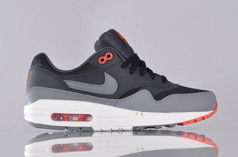 Nike Sportswear Air Max 1 GS (555766 001)