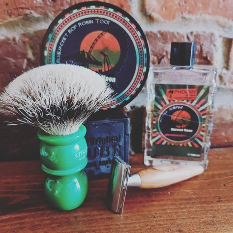 A brilliant barbershop scented soap and Edt. The cube enhanced the lather and the shave was magnificent
