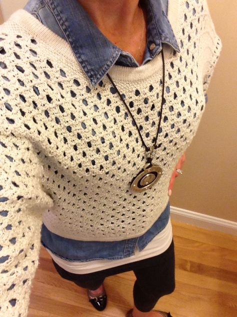 OOTD...CAbi Spring '14 Seaside Pullover, Essential Tank, M'Leggings and Fall '13 Tavern Shirt. www.nancydowning-schloss.cabionline.com  Wet and soggy outside but I am warm and cozy!