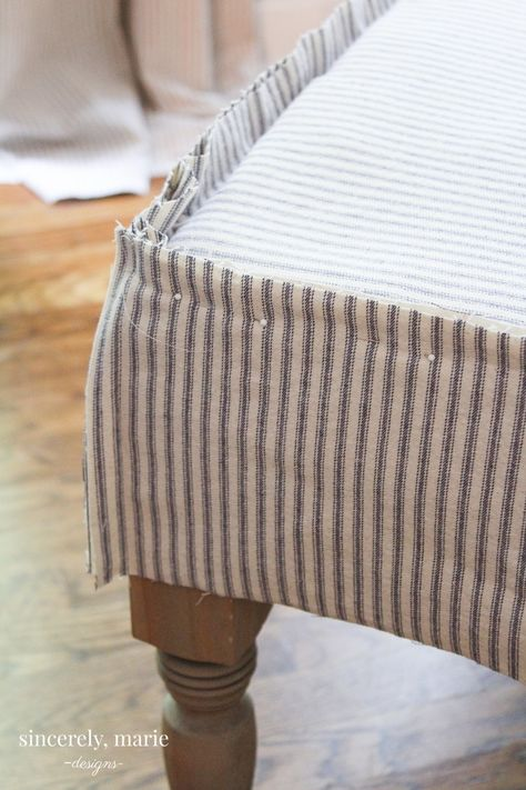 Pleated Ottoman Slipcover How-To – Sincerely, Marie Designs - Ottomans Ottoman Decor, Diy Ottoman, Ottoman Cover, Fabric Ottoman, Upholstered Ottoman, Couch Covers, Chair Makeover, Furniture Makeover, Diy Furniture