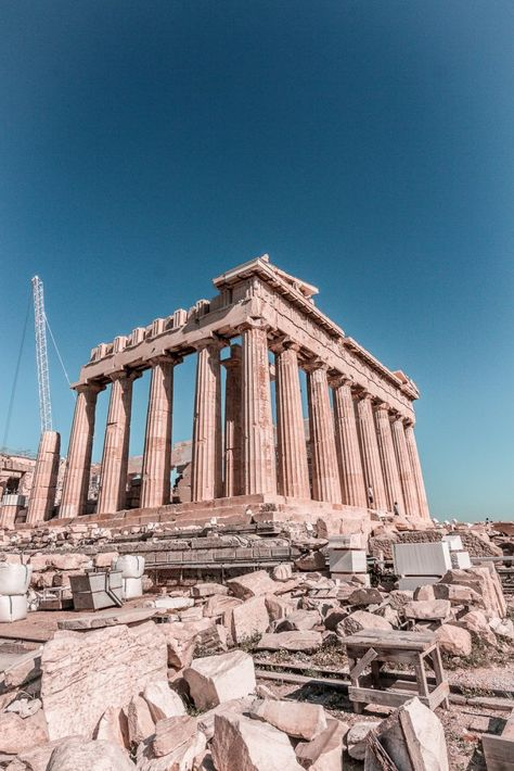 Travel Discover Greece : A Guide to Athens - Hedonisitit The best guide for 2 days in Athens Greece - Where to stay best food spots shopping guide and what do see and do in the beautiful city. Voyage Europe, Destination Voyage, Beautiful Places To Travel, Romantic Travel, Travel Aesthetic, Beach Aesthetic, Aesthetic Pastel, Future Travel, Greece Travel