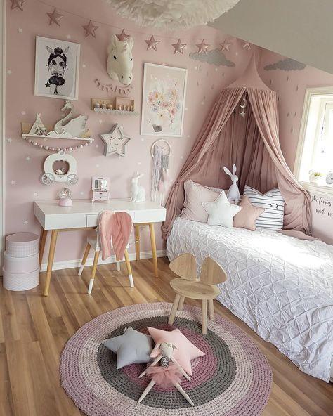 mamma_malla sur Instagram : chambre petite fille rose, blanc ...