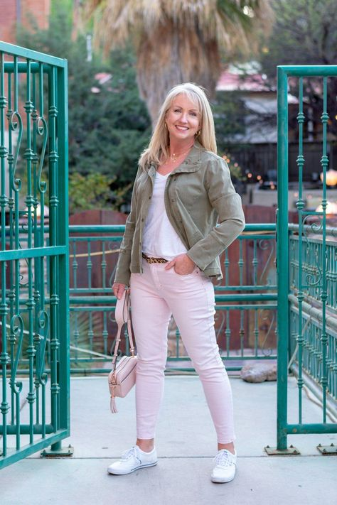 Kay Harms @ DressedforMyDay.com shares her Perfect Spring Weekend Get-Away Look - #springfashion #springlook #weekendlook #fashionover40 #womenover40fashion #utilityjacket #wearingsneakers #womensfashionover40classic