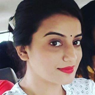 Bhojpuri Actress Akshara Singh Pics Images Photos Hd Wallpapers
