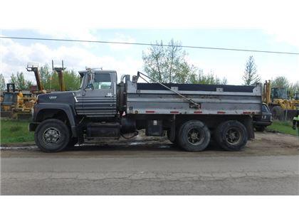 Heavy Trucks 1990 Ford L9000 Ta Dump Truck In Edmonton Ab 14 000 Dump Trucks For Sale Trucks Built Truck
