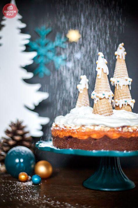 #Kuchen mit Weihnachts-Topping im Puderzucker-Schnee