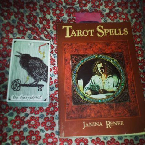 One of favorite books. #tarot #tarotspells #janinarenee #wildunknown #hierophant Lazy Acorn