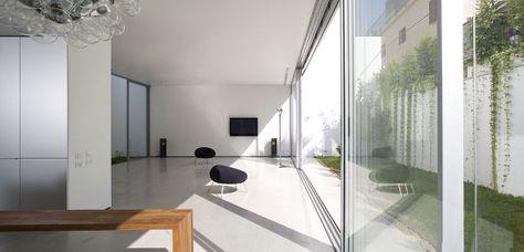 Non-Visible House - Paritzki Liani Architects