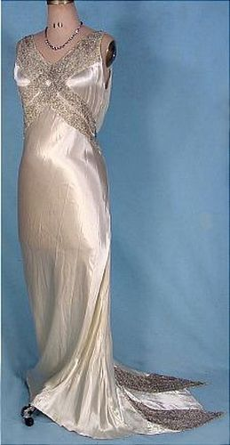 holy heavens. 1930\'s vintage wedding dress from god himself ...