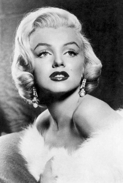 """I think I found her """"inspiration"""". Marilyn's were rather pointy at"""