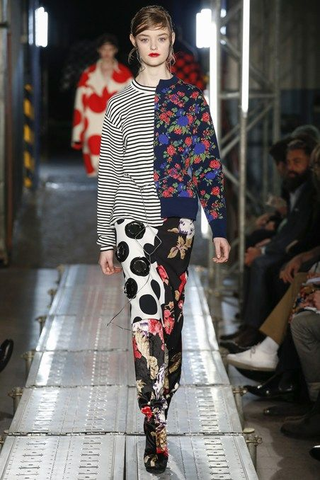 Catwalk photos and all the looks from MSGM Autumn/Winter 2016-17 Ready-To-Wear Milan Fashion Week