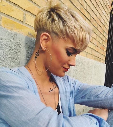 Photo of 10 Stilvolle Pixie Haircuts, Undercut Frisuren – Frauen Kurze Haare Für Den Sommer