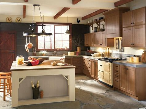 Rustic Kitchen Photo By Kitchen Craft Cabinetry Homeclick Community Rustic Kitchen Cabinets Kitchen Cabinet Styles Kitchen Design