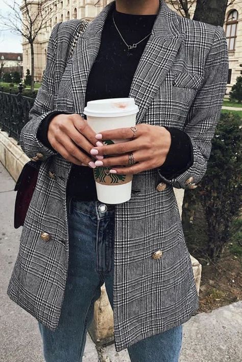 Plaid blazer fall outfits cute outfits back to school school outfits turtleneck outfits high waisted jeans women's fashion Look Blazer, Plaid Blazer, Fall Blazer, Grey Blazer Outfit, Checked Blazer, Casual Blazer, Fashion Moda, Work Fashion, Trendy Fashion