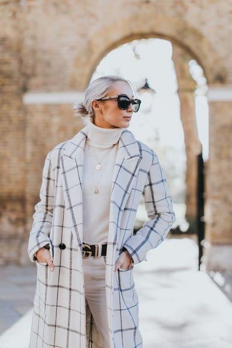 Best 50+ Ideas Winter White Outfit to Look Fresh