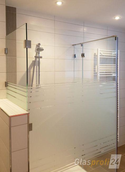 Verkurztes Glas Element Gehalten Durch Edelstahl Scharniere Mit