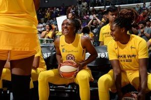 Chiney Ogwumike To Opt Out Of 2020 Wnba Season Los Angeles Sparks In 2020 Team Training Wnba Nba Tv