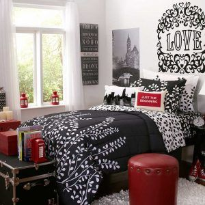 Red Black And White Room Decor Red Room Decor Bedroom Red Paris Themed Bedroom
