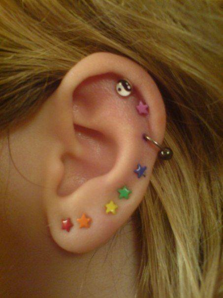 22 Ideas Piercing Industrial Body Art For 2019 Tatuagens & Piercings Ear Jewelry, Cute Jewelry, Jewelry Accessories, Jewellery, Hippie Jewelry, Beaded Jewelry, Cute Ear Piercings, Multiple Ear Piercings, Monroe Piercings