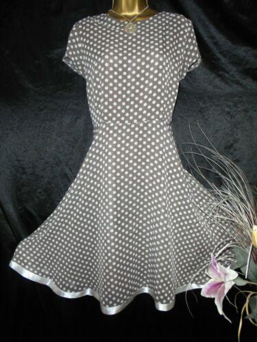 Stunning Wallis Summer Dress Party Tea Occasion Holiday Size 16 Spot Dresses Ebay Link In 2020 Summer Party Dress Summer Dresses Dresses