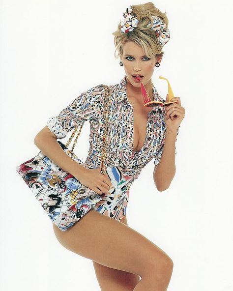 Claudia for Chanel #iconic #supermodel #chanel #fashionshow #parisfashionweek, #Chanel #Claud...