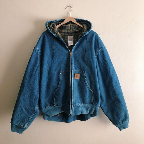 hella sweet vintage Carhartt medium wash denim with plaid lining hooded jacket 👖 New Outfits, Cool Outfits, Casual Outfits, Fashion Outfits, Queer Fashion, 80s Fashion, Boho Fashion, Vintage Outfits, Vintage Fashion