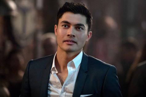 The Accountant Who 'Discovered' Crazy Rich Asians Star Henry Golding Speaks!
