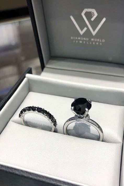 24 Unique Black Diamond Engagement Rings - Bejewel Me - Engagement Ring Most Popular Engagement Rings, Dream Engagement Rings, Black Wedding Rings, Black Rings, Gothic Wedding Rings, Black Diamond Wedding Rings, Wedding Band, Ring Set, Ring Verlobung