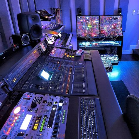 💦💦💦💦💦💦💦Richard Devine Fine Art Audio solitude and traditional acoustic plans while in Home Recording Studio Setup, Home Studio Setup, Music Studio Room, Audio Studio, Music Rooms, Home Music, Dj Music, Whole Home Audio, Applis Photo