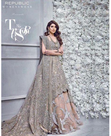 Buy Pakistani Indian Bridal Lahanga Online - Pakistani Lahnga Bridal Dress at NameerabyFarooq.com
