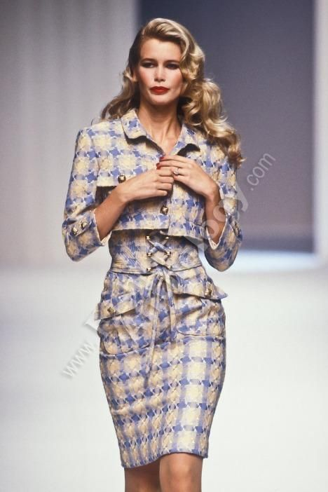 Claudia Schiffer for Valentino Runway