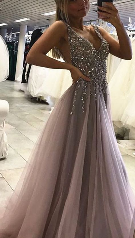 ff57bc19557 Unique Prom Dress