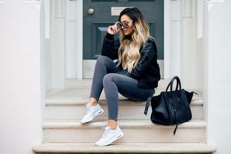 Grey jeans and white converse