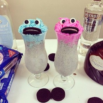 How to Make a Drunken Cookie Monster Cocktail