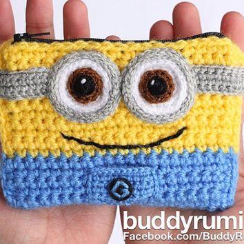 Free Crochet Pattern: Minion Mitts   Pinterest   Häkeln, Handschuh ...
