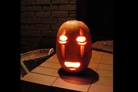 Free Template For A Noface Pumpkin From Spirited Away Halloween Pumpkin Designs Pumpkin Carving Cute Pumpkin Carving