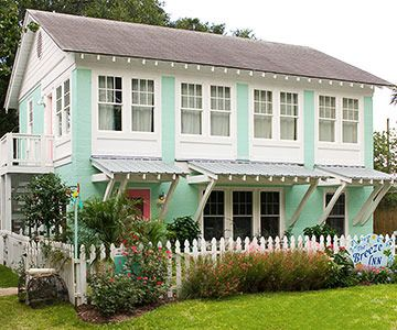cheery beach cottage