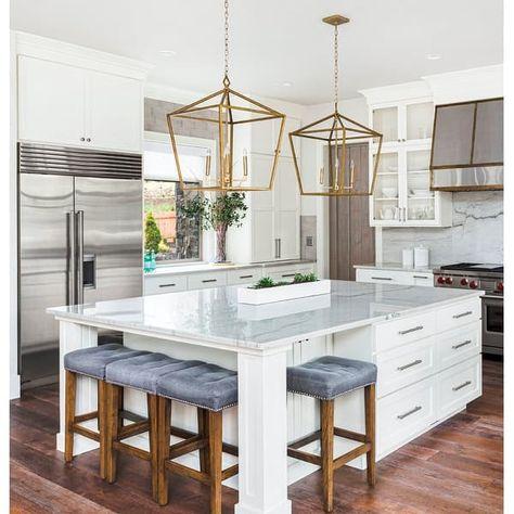 Home Kitchens, Small Kitchen Decor, Contemporary Kitchen, Kitchen Remodel Small, Kitchen Design, Kitchen Island With Seating, Modern Kitchen, Kitchen Island Decor, Kitchen Interior