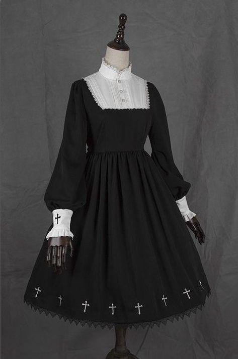 Vollbusige Schwarze Im Zimmermädchen Outfit