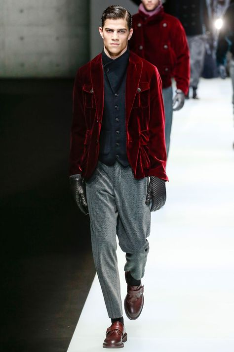 Giorgio Armani Autumn/Winter 2018 Menswear | British Vogue