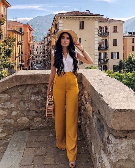 Remembered again why I love Italy so much. 💛 #ootd #italy #laspezia #travel