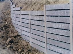 A Vertical Wall Solution I Beam Lagging Concrete Retaining Walls Company San Diego Concrete Retaining Walls Retaining Wall Wall