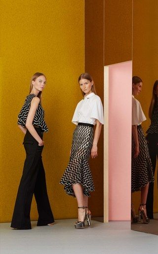 See the complete Lela Rose Resort 2017 collection.