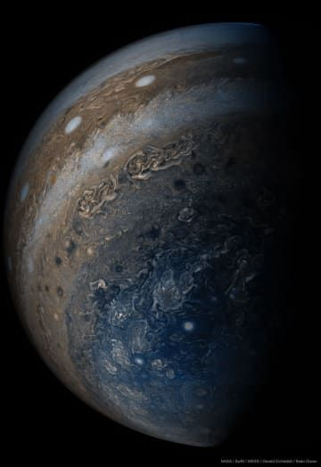 22 Of The Most Extraordinary Science Photos Of 2017 In 2020 Jupiter Planet Jupiter Wallpaper Space Pictures