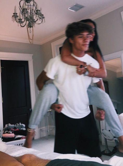 Cute Couples Photos, Cute Couple Pictures, Cute Couples Goals, Cute Photos, Couple Pics, Couple Things, Couple Stuff, Wanting A Boyfriend, Boyfriend Goals